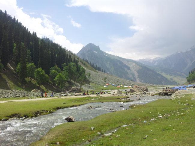 must visit destinations in Kashmir