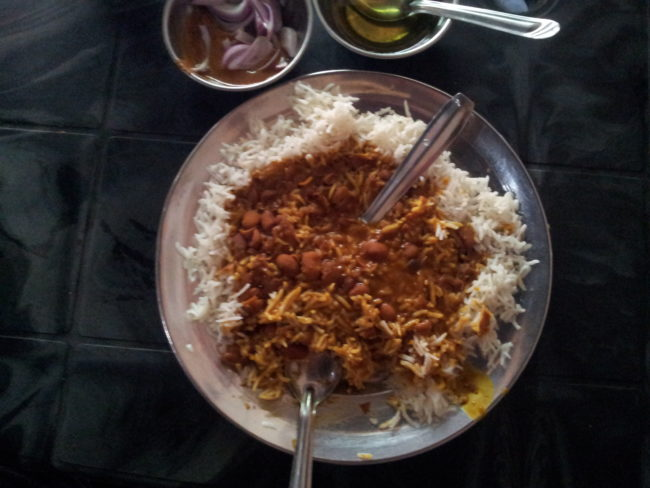 places to eat on the way to Srinagar