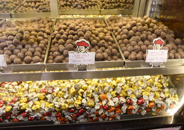 shopping in ooty Chocalates