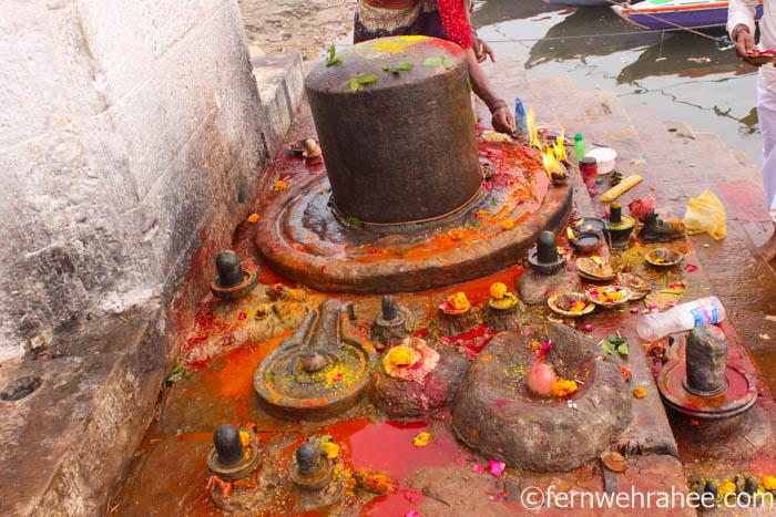 famous temples in Varanasi