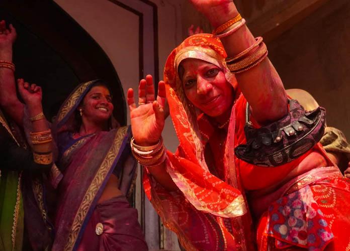 Holi famous festivals in India