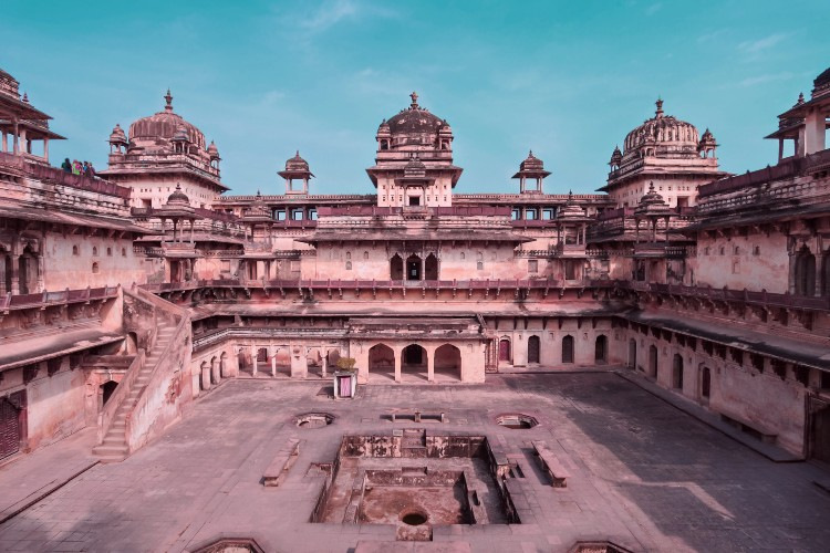 orchha sightseeing orchha fort complex