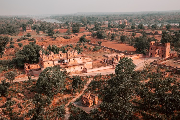 orchha fort complex